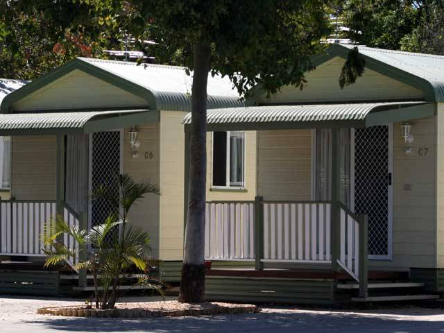 Emerald Cabin  Caravan Village - Lismore Accommodation