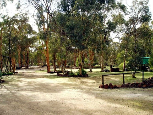 Toodyay Holiday Park  Chalets - Lismore Accommodation