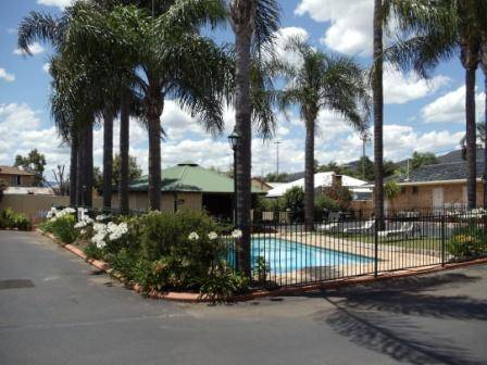 Town  Country Motor Inn Tamworth - Lismore Accommodation