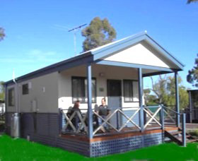 Pinjarra Cabins and Caravan Park - Lismore Accommodation