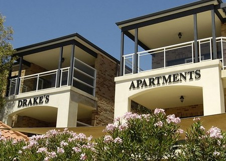Drakes Apartments with Cars - Lismore Accommodation