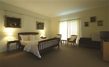 Yarrahapinni Homestead - Lismore Accommodation