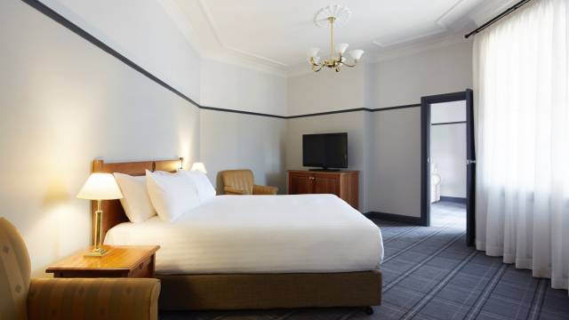 Brassey Hotel - Lismore Accommodation
