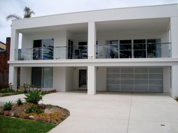 The White House - Shellharbour Village - Lismore Accommodation