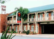 Hamiltons Henry Parkes - Lismore Accommodation