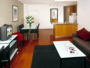 Adina Apartment Hotel St Kilda - Lismore Accommodation