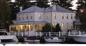 Oscars Waterfront Boutique Hotel - Lismore Accommodation