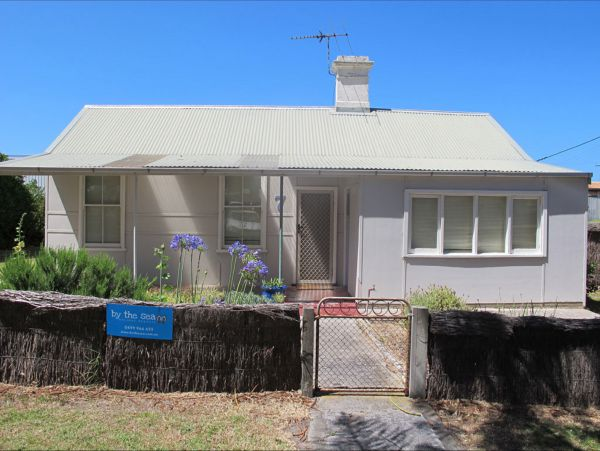 Holly's Holiday Home - Lismore Accommodation