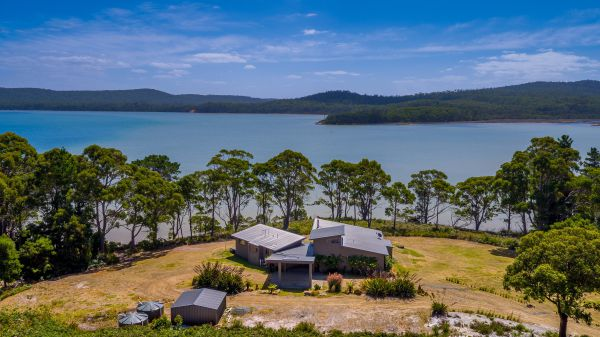 Cloudy Bay Lagoon Estate - Lismore Accommodation