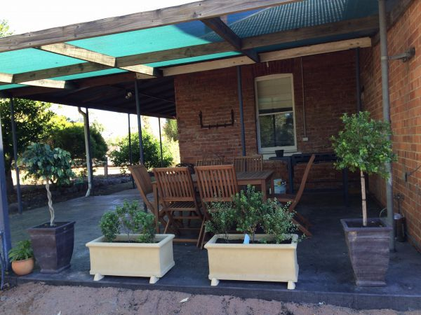 Corryong Holiday Cottages - Sportsview - Lismore Accommodation