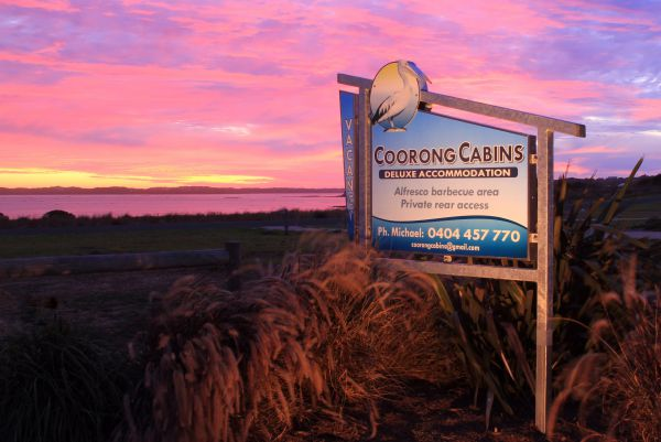 Coorong Cabins - Lismore Accommodation