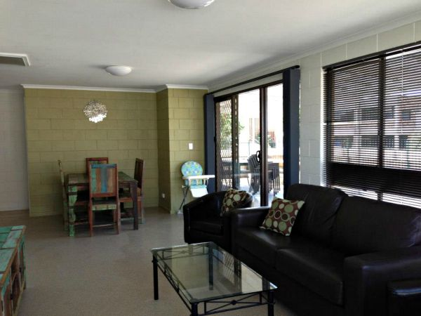 Petes Place - Lismore Accommodation