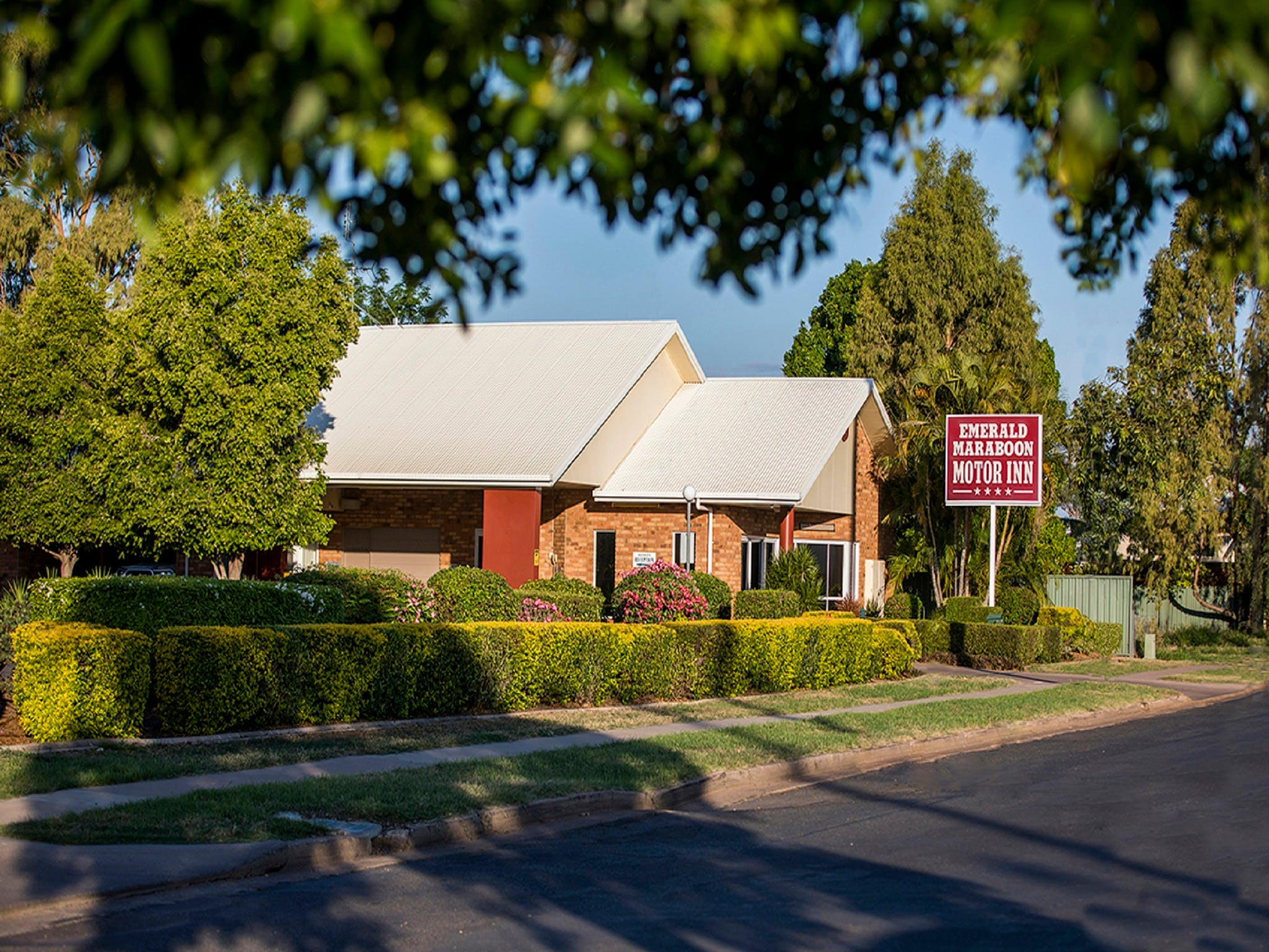 Emerald Maraboon Motor Inn - Lismore Accommodation