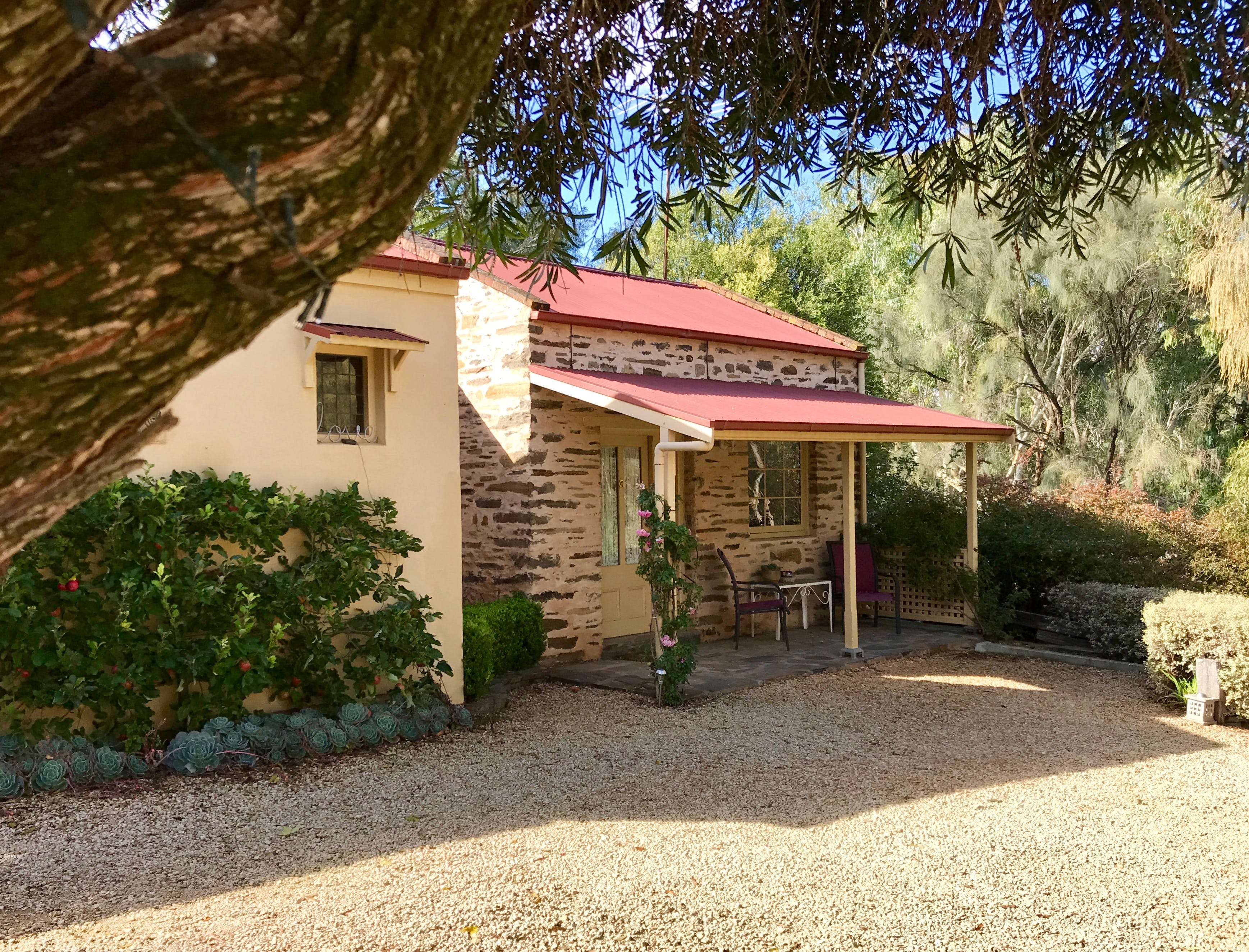 Gasworks Cottages Strathalbyn - Lismore Accommodation