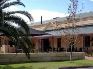 Dongara Hotel Motel - Lismore Accommodation