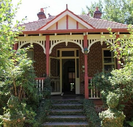 Fawkes House - Lismore Accommodation