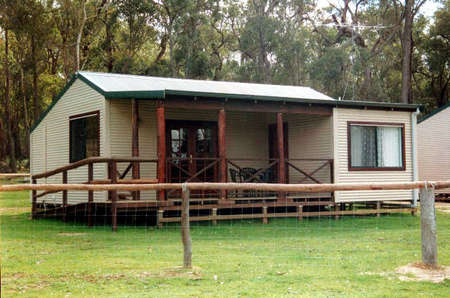 Cambray Cottages - Lismore Accommodation