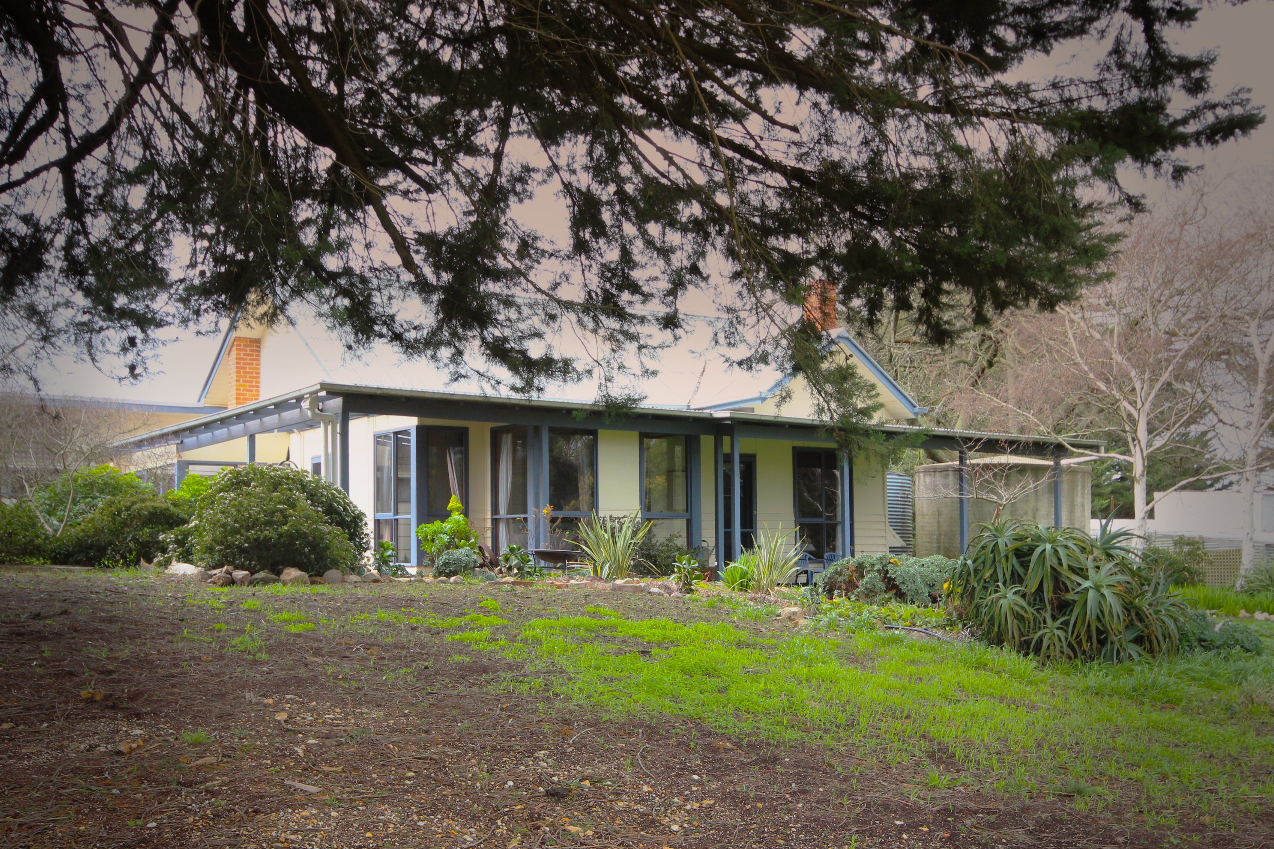 Galwiji Homestead - Lismore Accommodation