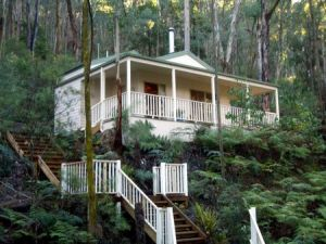 Myers Creek Cascades Luxury Cottages - Lismore Accommodation