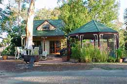 Yarrowee Cottage - Lismore Accommodation