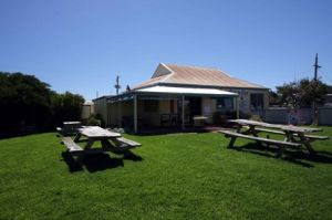 Apostles Camping Park and Cabins - Lismore Accommodation