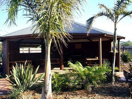 Prom Port Cottages - Lismore Accommodation