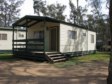 Laanecoorie Lakeside Park - Lismore Accommodation
