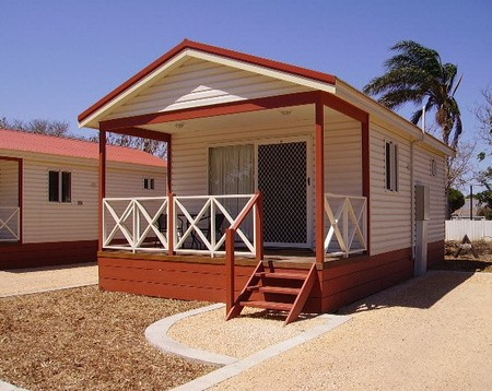 Outback Oasis Caravan Park - Lismore Accommodation