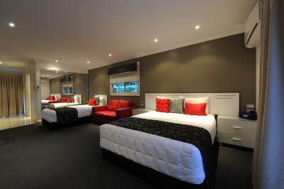 The Gateway Village Holiday Park - Lismore Accommodation