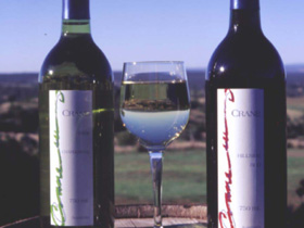 Crane Wines - Lismore Accommodation