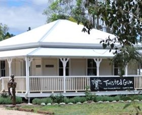 Twisted Gum Wines - Lismore Accommodation