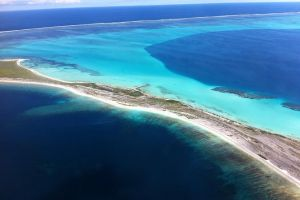 Abrolhos Islands Fixed-Wing Scenic Flight - Lismore Accommodation