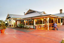Potters Hotel and Brewery - Lismore Accommodation
