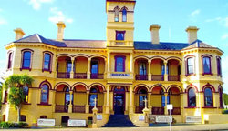 The Queenscliff Historic Royal Hotel - Lismore Accommodation