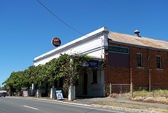 Red Hill Hotel - Lismore Accommodation