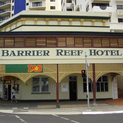 The Barrier Reef Hotel - Lismore Accommodation