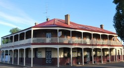 Brookton Club Hotel - Lismore Accommodation