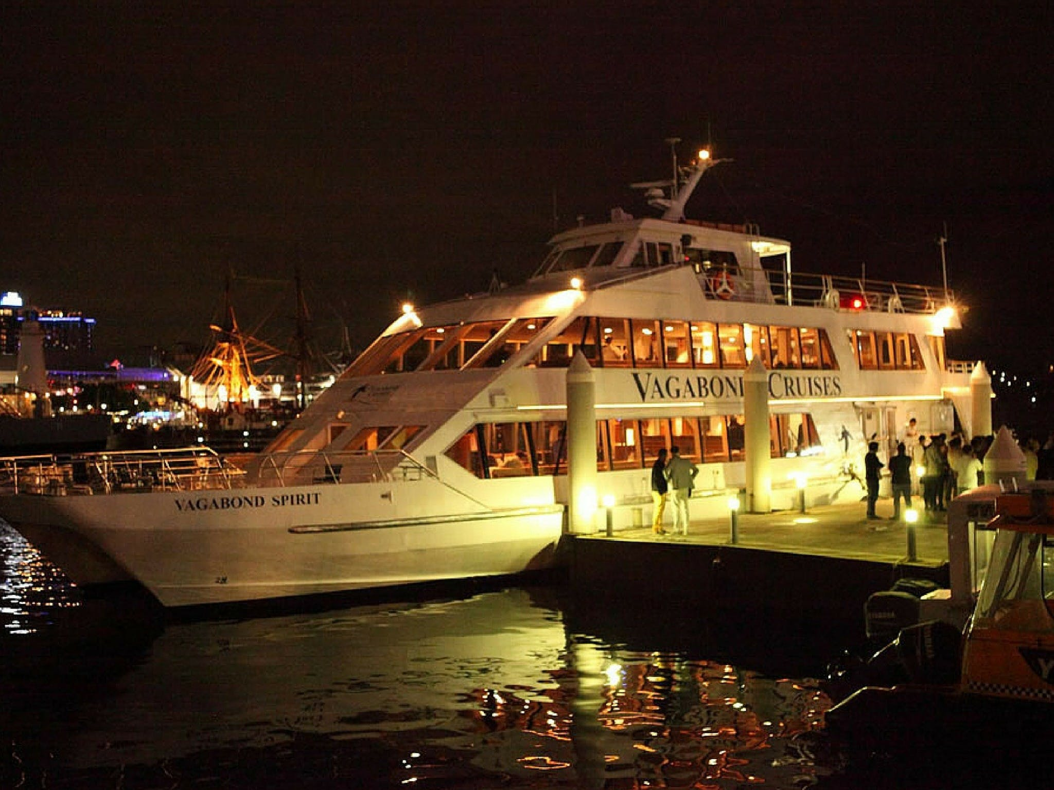 Halloween Party Cruise - Lismore Accommodation