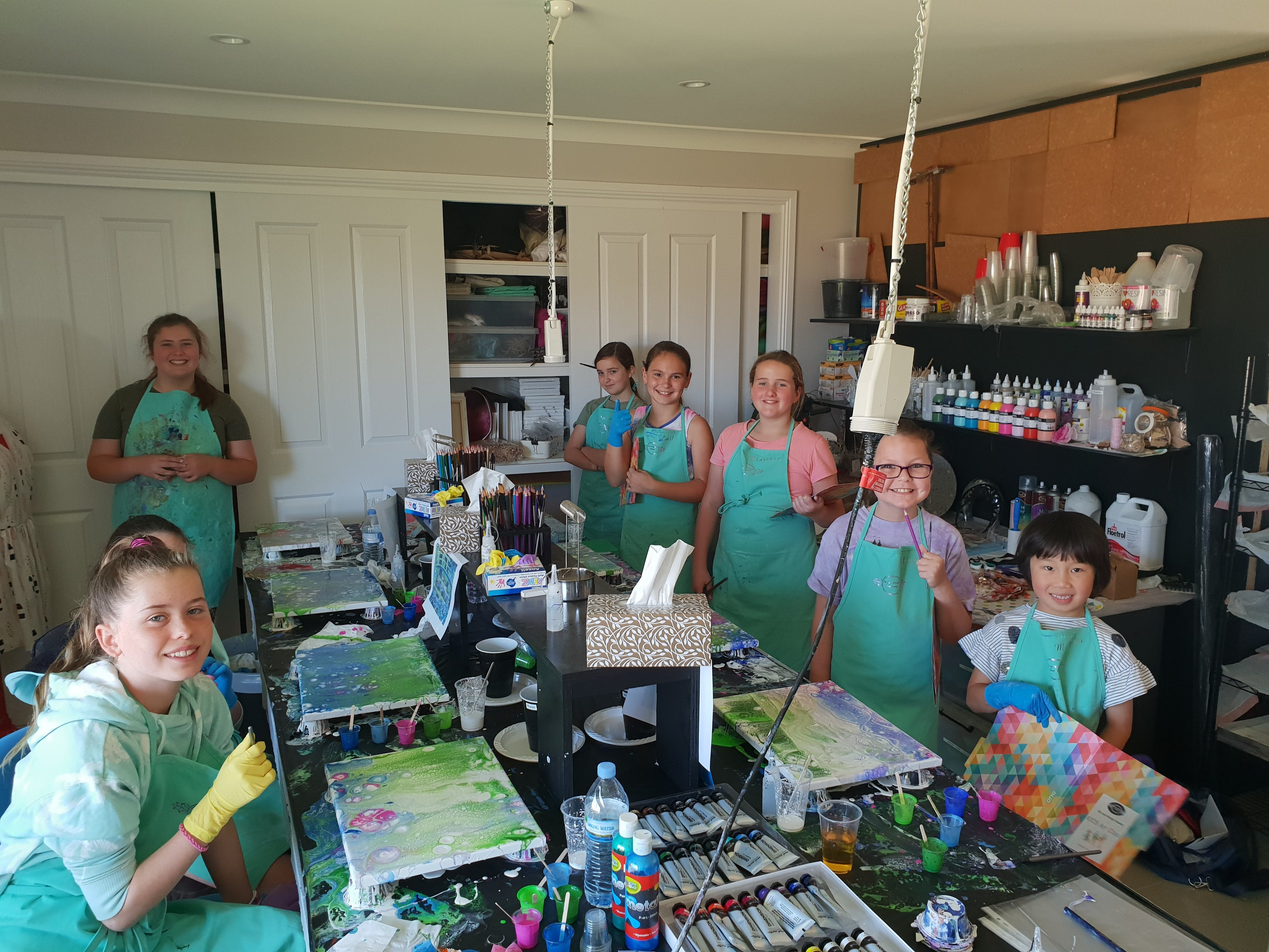 School holidays - Kids art class - Painting - Lismore Accommodation