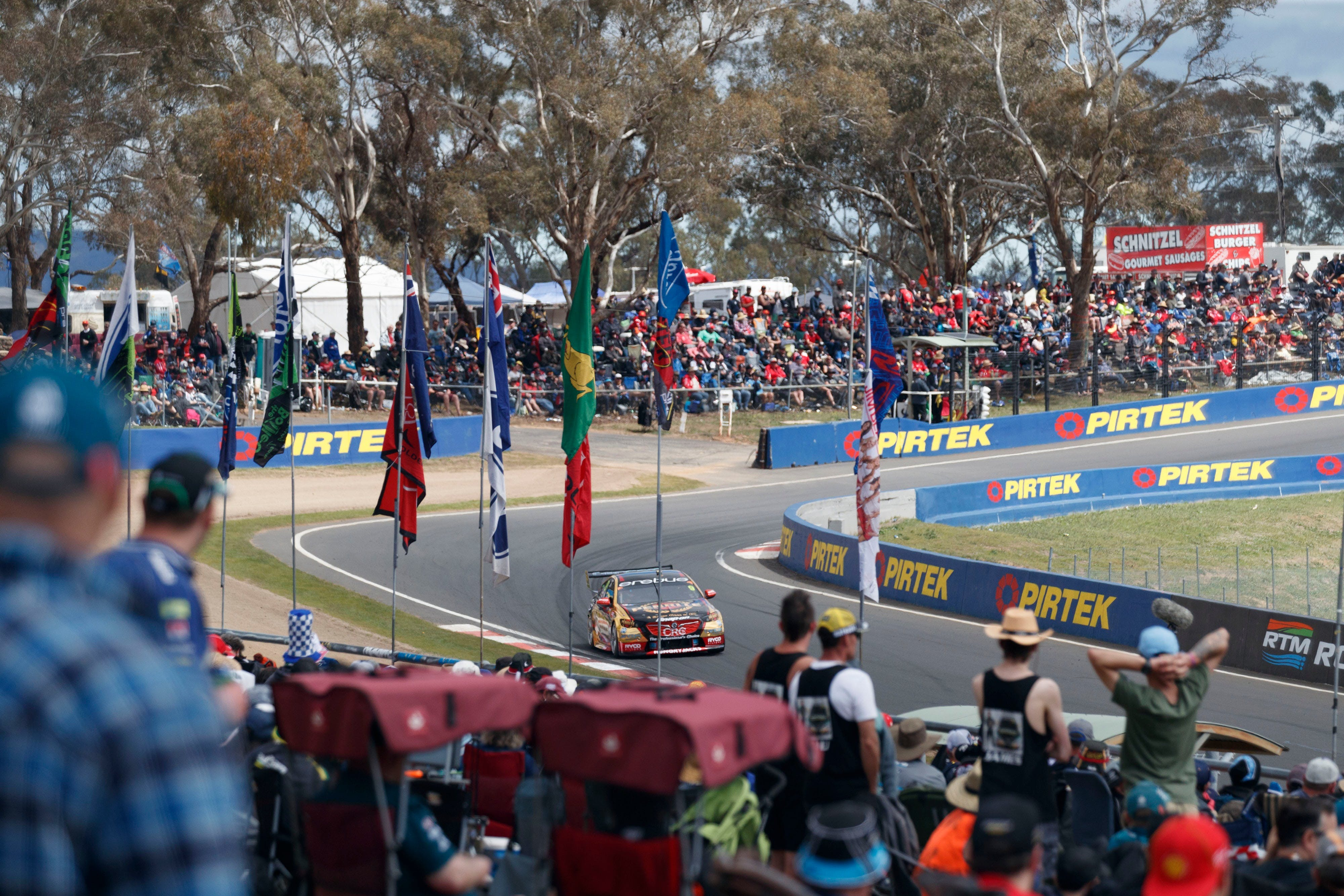 Supercars Supercheap Auto Bathurst 1000 - Lismore Accommodation