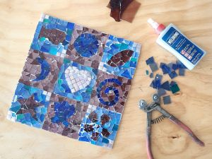 Intro to Mosaics Weekend with Leadlight By Ettore - Lismore Accommodation