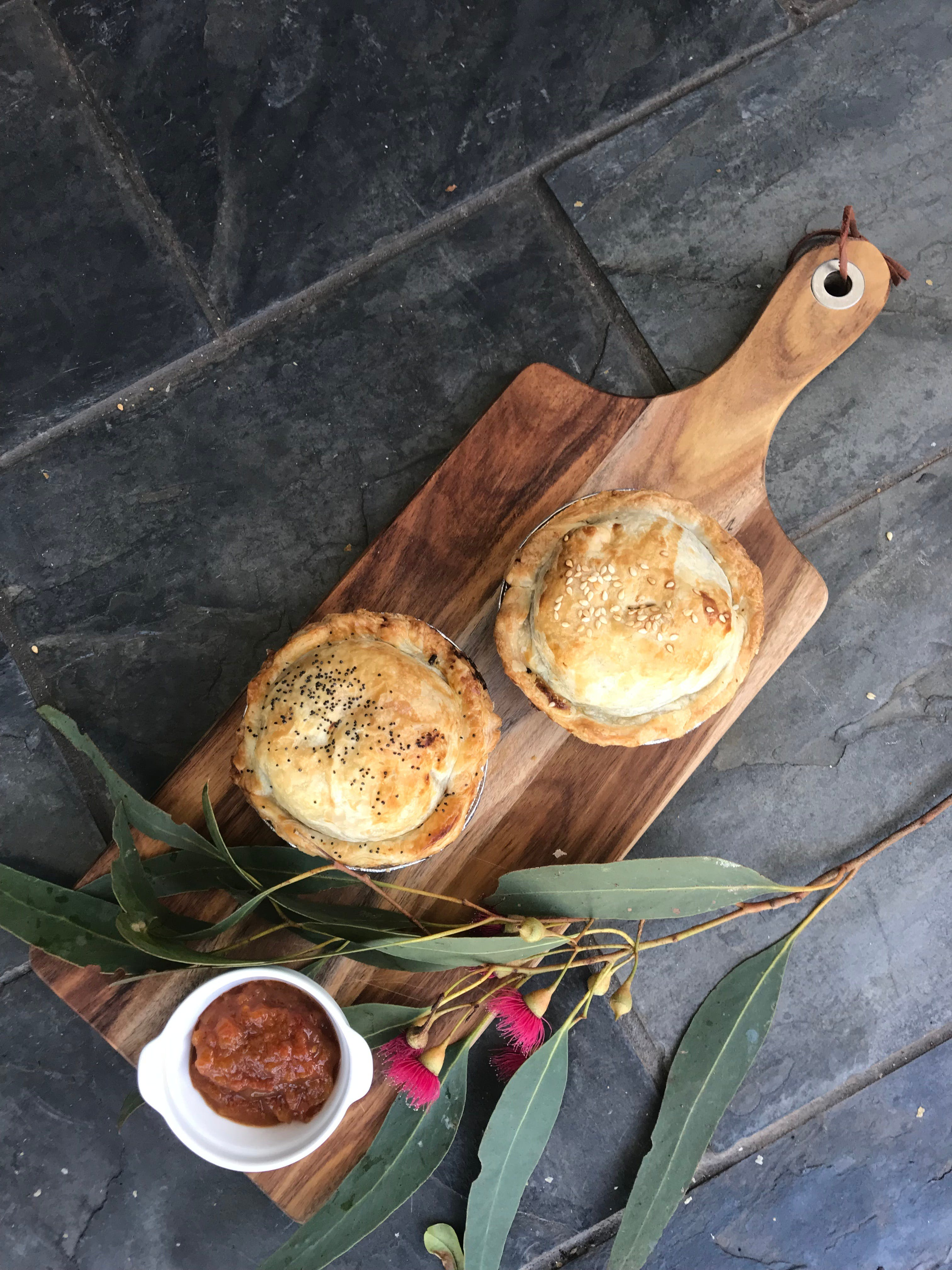 Aged Wine and Vintage Pies - Lismore Accommodation