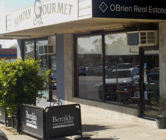 Simply Gourmet Cafe - Lismore Accommodation