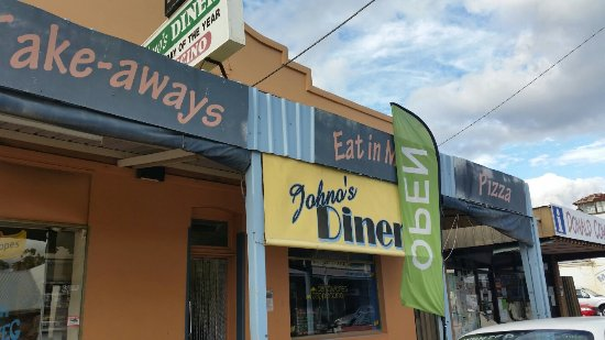 Johno's Diner - Lismore Accommodation
