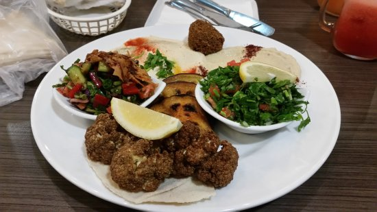 Laytani Lebanese Cuisine and Cafe - Lismore Accommodation