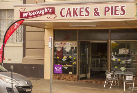 McKeoughs Cake Shop - Lismore Accommodation
