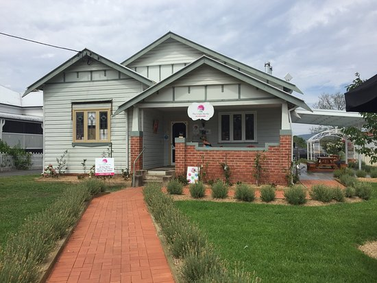 The Crepe Myrtle Tea and Coffee Rooms - Lismore Accommodation