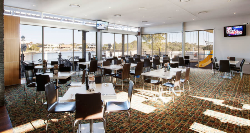 Pelican Waters Tavern - Lismore Accommodation