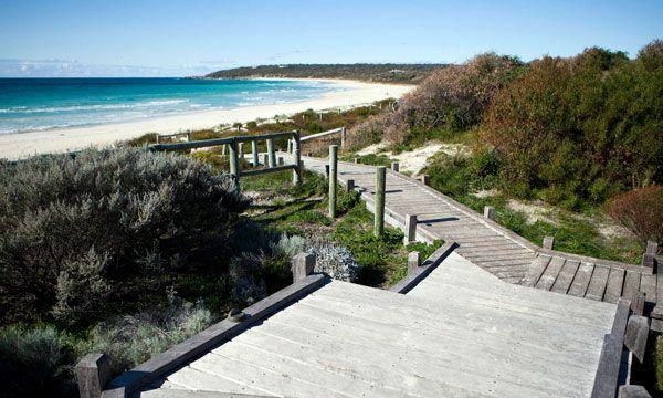 Bunkers Beach House - Lismore Accommodation