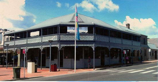 The New England Hotel - Lismore Accommodation